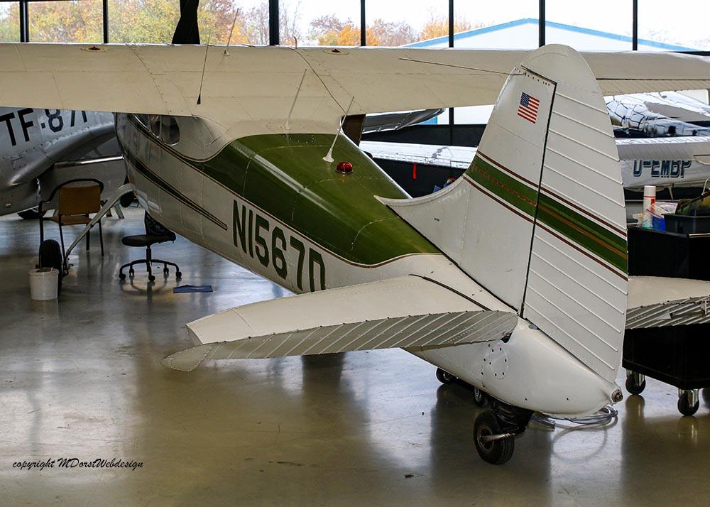 Cessna_195_2014-11-214.jpg