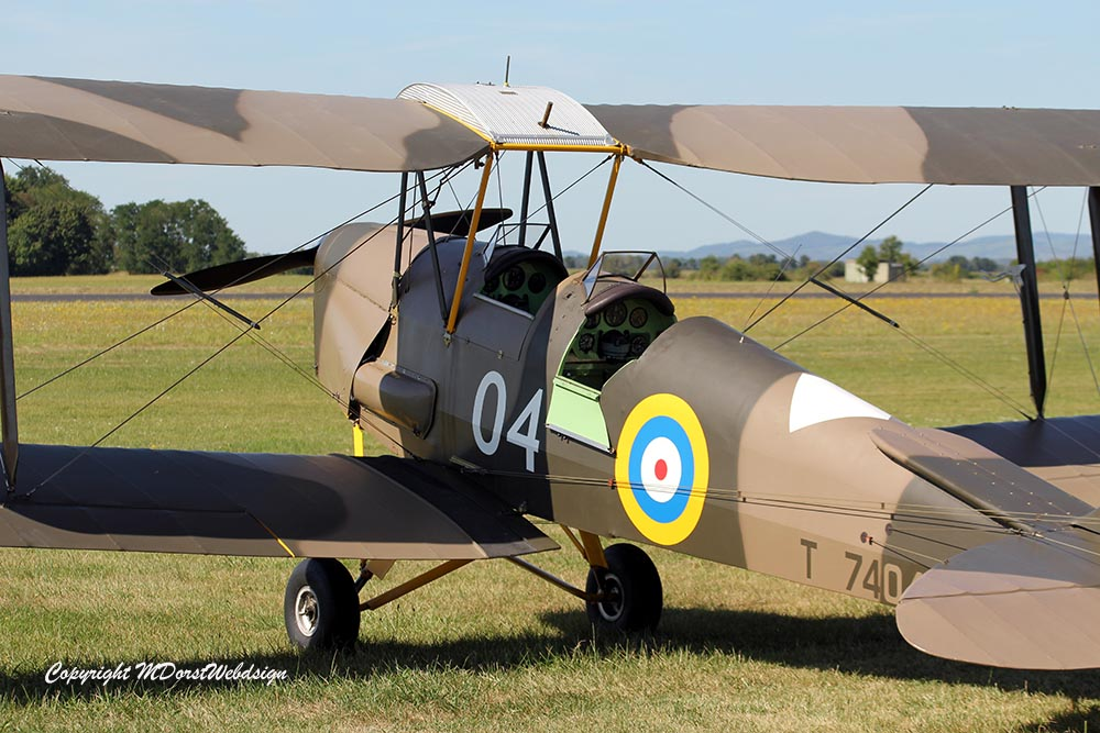 De_Havilland_TigerMoth_D-ECTM_2012-08-17_-10.jpg