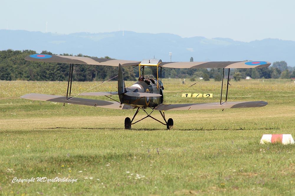 De_Havilland_TigerMoth_D-ECTM_2012-08-17_-29.jpg
