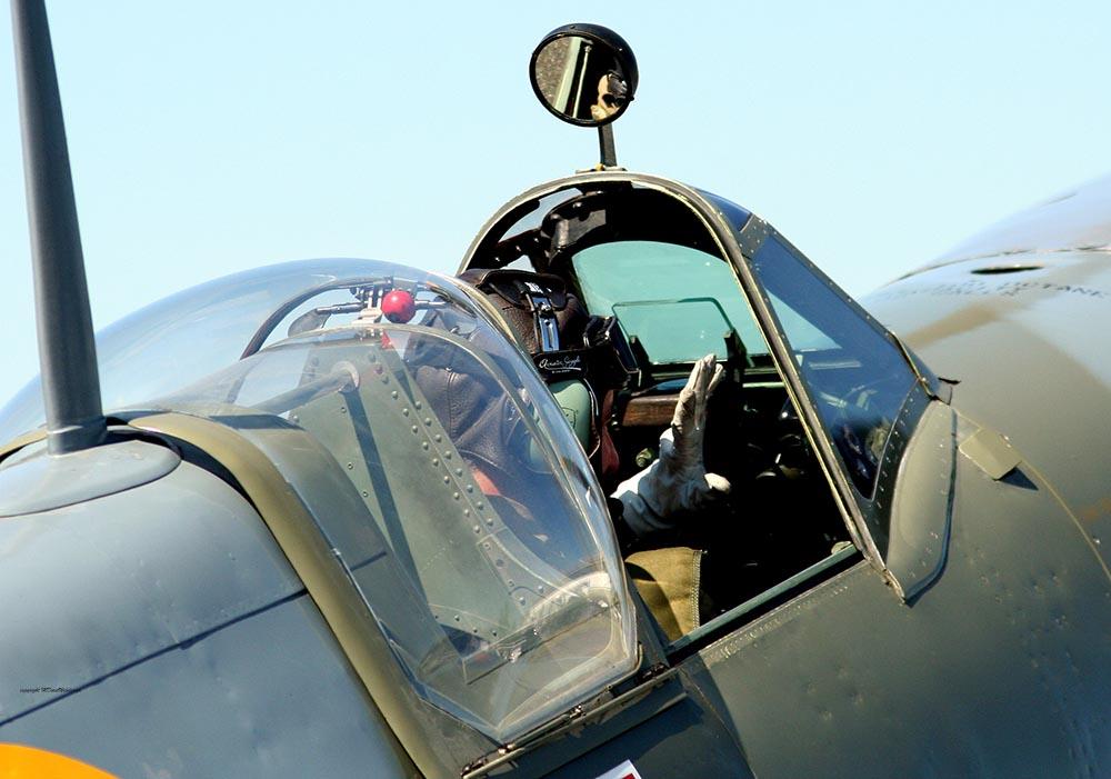 Spitfire_MkVIII_D-FEUR_-16.jpg