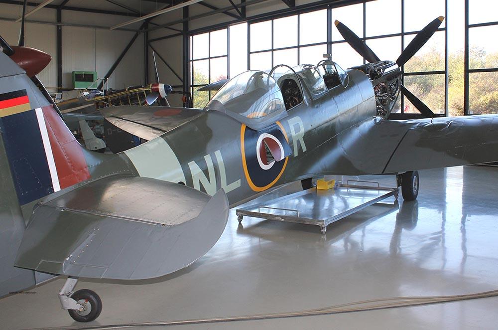 Spitfire_T9_D-FMKN_2011-10-143.jpg