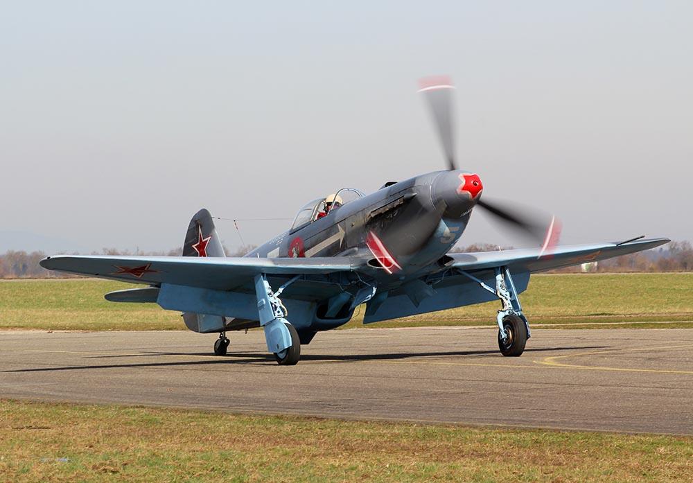 Yak-3_D-FYGJ_2013-03-164.jpg